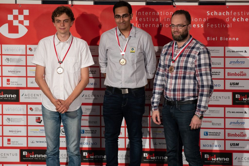Image Podium of the Master Tournament: GM Dennis Wagner (GER, 2nd), GM Suri Vaibhav (IND, winner) and GM Pavel Eljanov (UKR, 3rd)